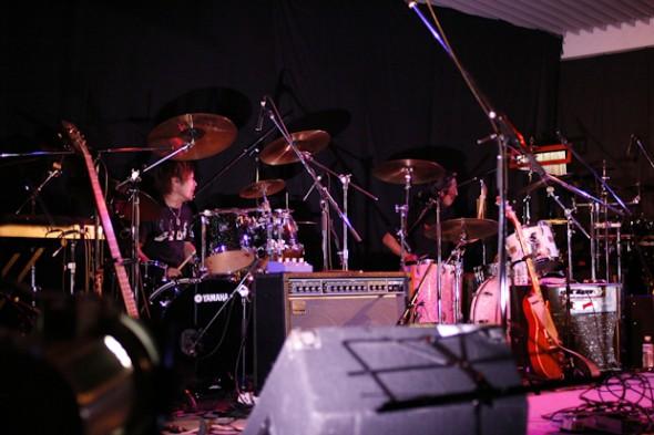 ドラム対決